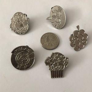 Other - Lot of 5 Disney pins